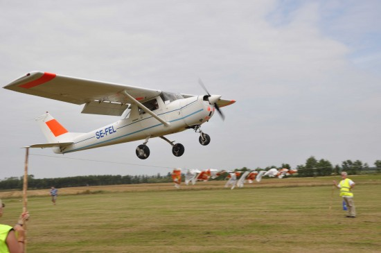 Cessna över hinder