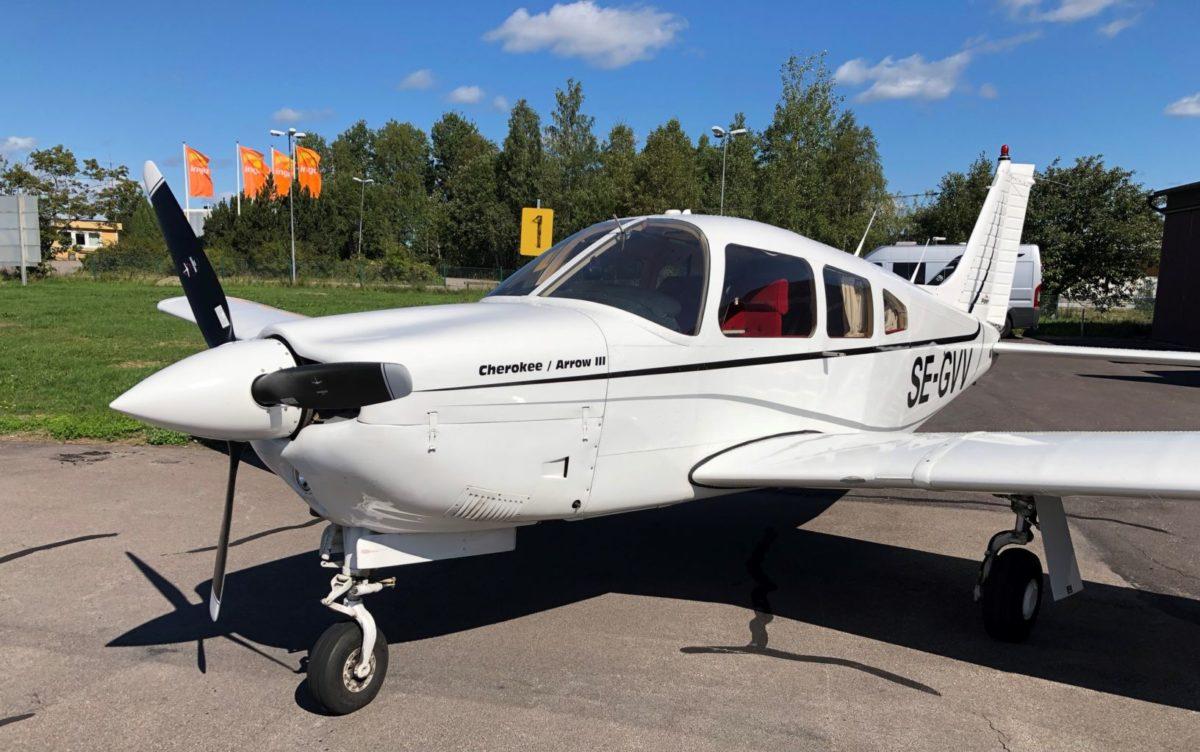 flygplan till salu